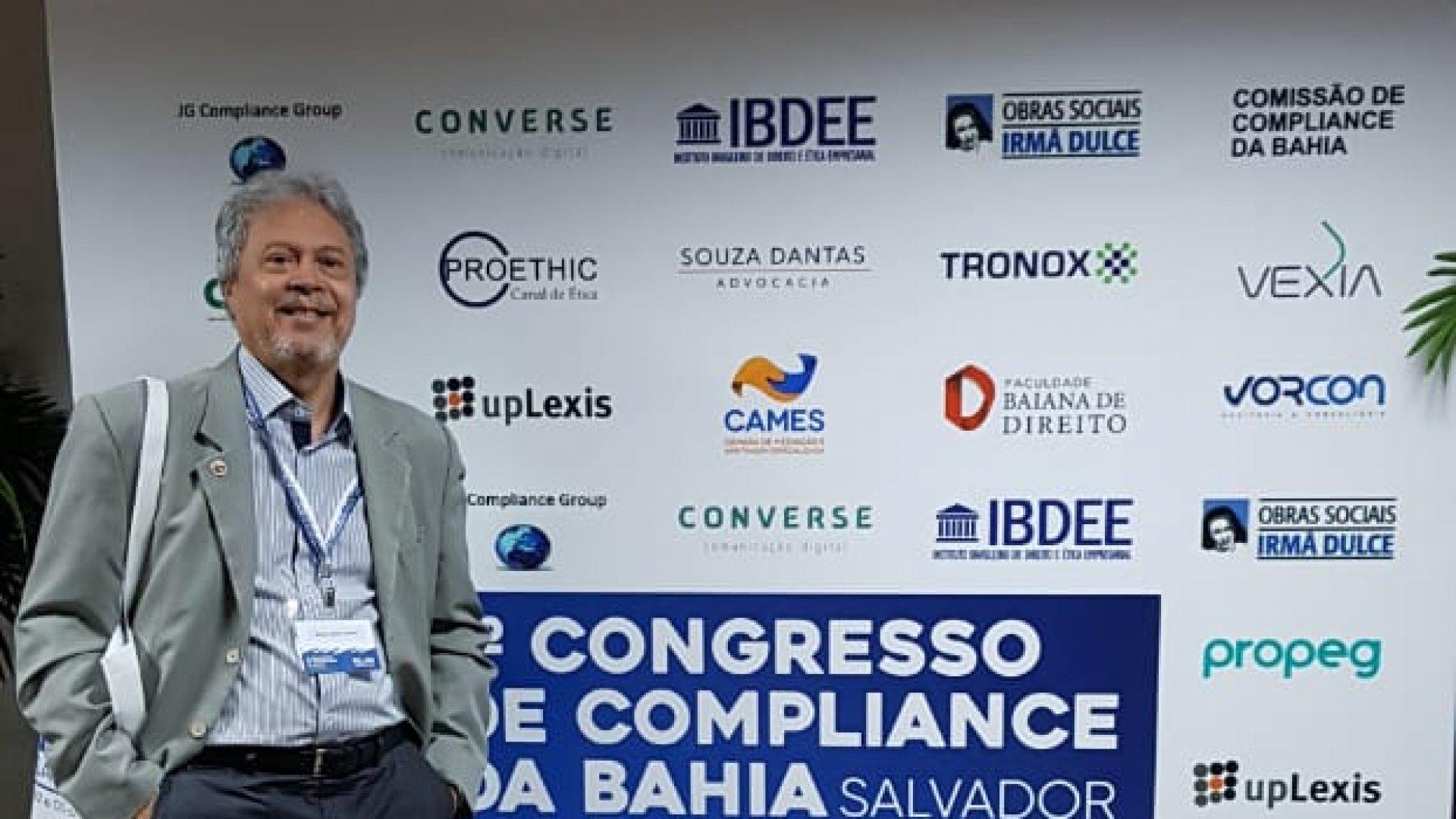 [A Especializa no 1º Congresso de Compliance da Bahia]